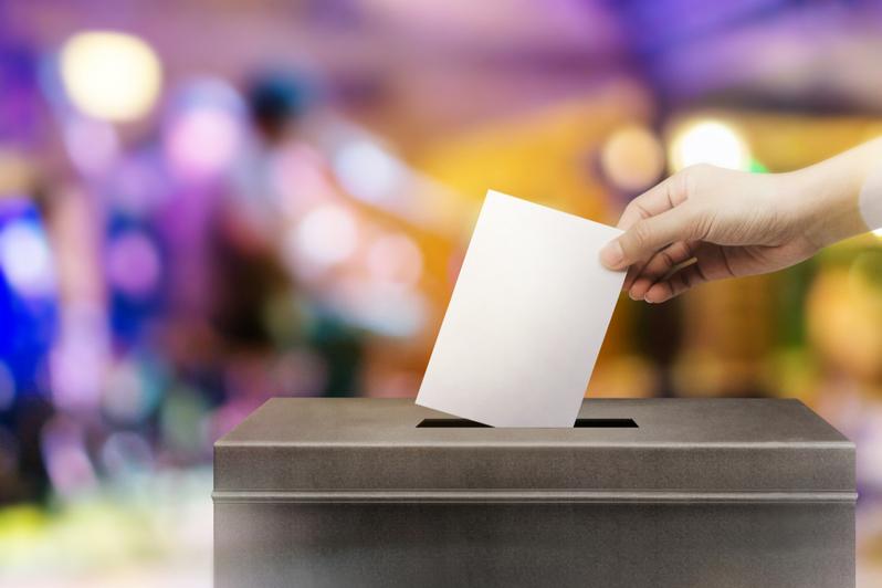 Louisiana restores ex-felon voting rights